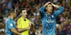 VAR gây tranh cãi trong trận đấu Bồ Đào Nha với Iran