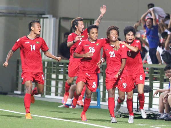 Myanmar chứng tỏ tư thế đội mạnh tại SEA Games khi vượt qua Singapore