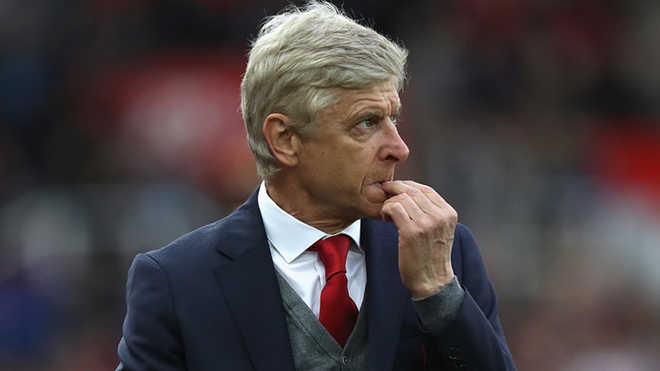 Thua đau trước Stoke, Wenger nói gì?