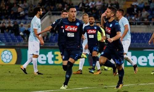 Napoli đánh bại Lazio, chia sẻ ngôi đầu Serie A với Juventus