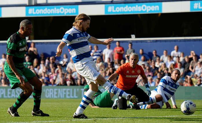 Mourinho làm thủ môn hay hơn cả De Gea