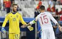 """De Gea nhờ vả Ramos tác động sang Real, Sanchez về Man City """"rẻ bèo"""""""