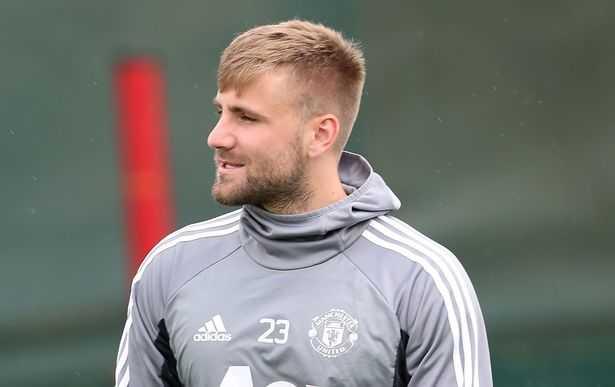 Mourinho trao cơ hội vàng cho Luke Shaw