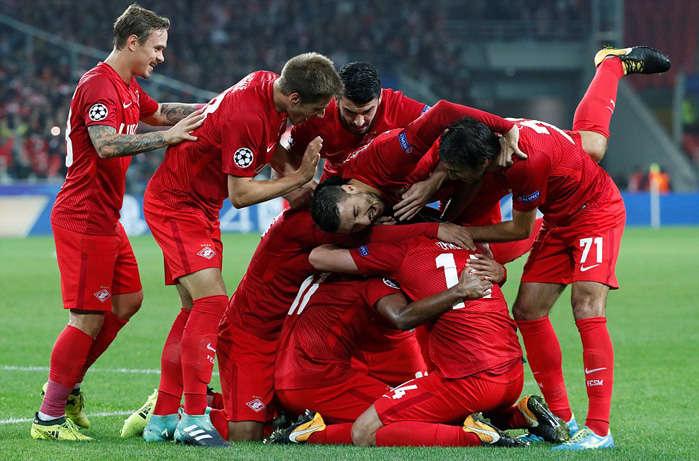 Niềm vui của các cầu thủ Spartak Moscow
