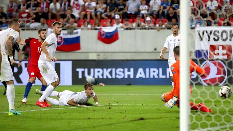 Anh đã thắng Slovakia ở lượt đi