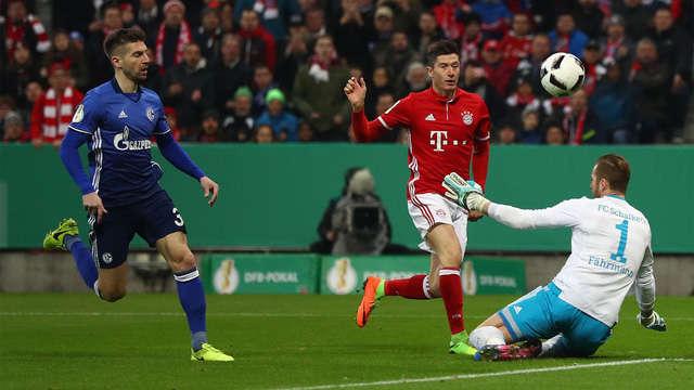 Bayern bất bại trong cả 15 lần đối đầu Schalke gần nhất