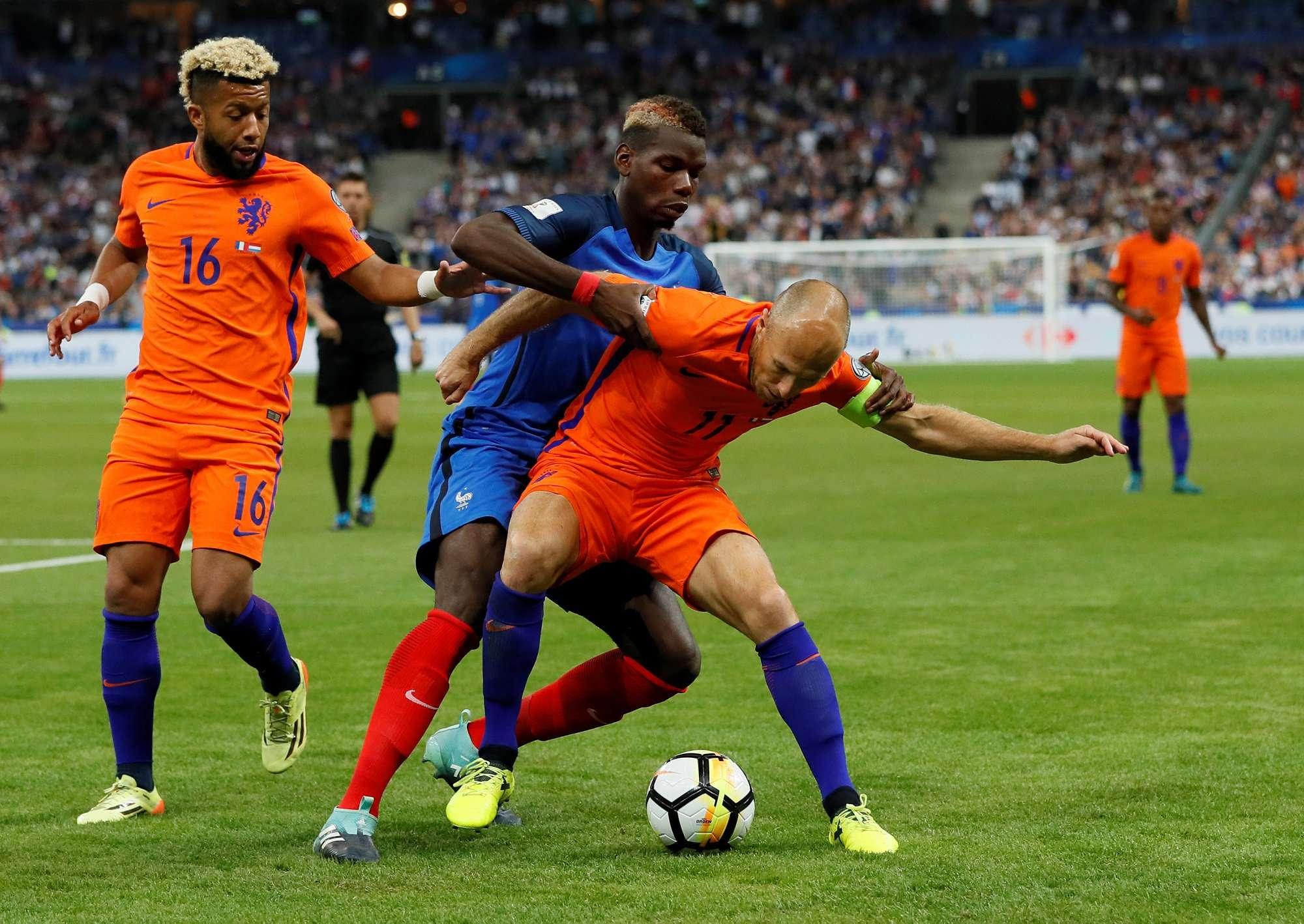 Hà Lan vừa thua Pháp 0-4