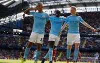 """Dư âm Man City 5-0 Liverpool: Đẳng cấp Aguero – De Bruyne, """"tội đồ"""" Mane"""