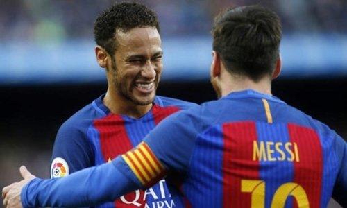 Messi 11 lần nhường Neymar đá phạt đền khi khoác áo Barca