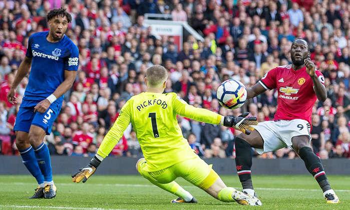 Lukaku càng chơi càng tiến bộ