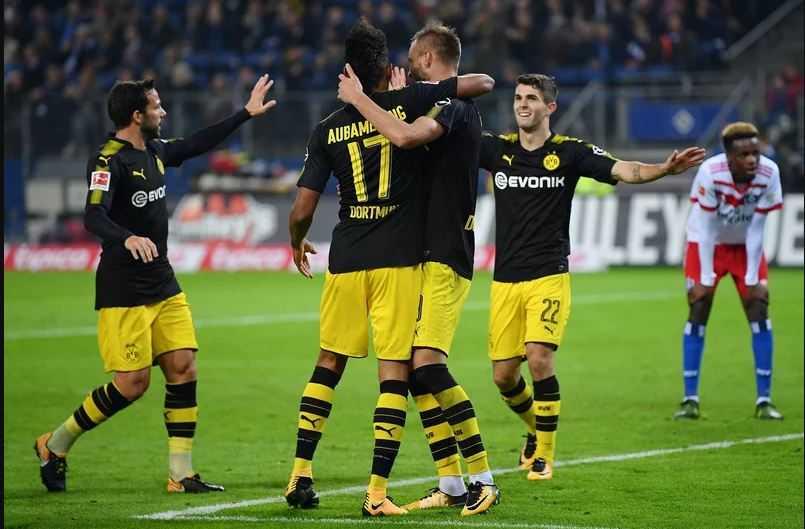 Tam tấu chói sáng, Dortmund vững chắc ngôi đầu bảng