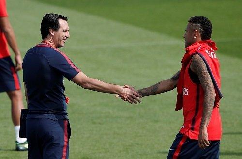 HLV Unai Emery tự tin đưa PSG đến thành công như Real và Barca.