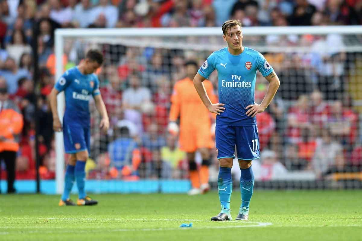 Ozil muốn chia tay với Arsenal
