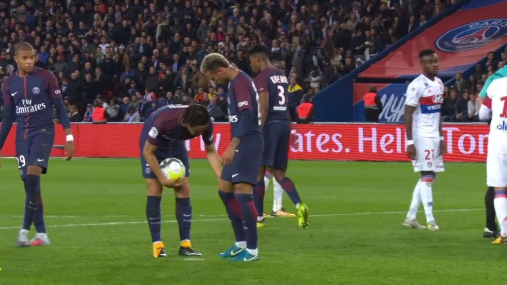 Sau trận đấu đêm nay PSG sẽ nhận ra tiền không bao giờ là tất cả?