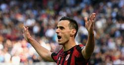 """Nikola Kalinic lập công, Milan nghẹt thở vượt qua """"ông kẹ"""" Udinese"""