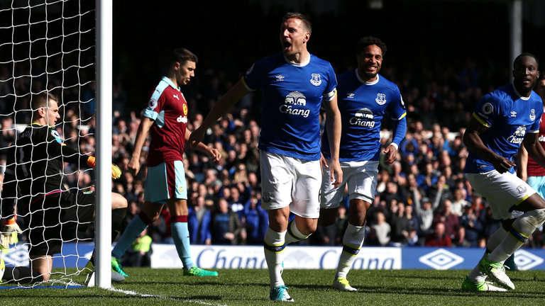 Everton vs Burnley tối nay 1/10/2017 Ngoại Hạng Anh