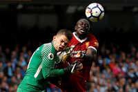 Guardiola: 'Sadio Mane không đáng nhận thẻ đỏ'