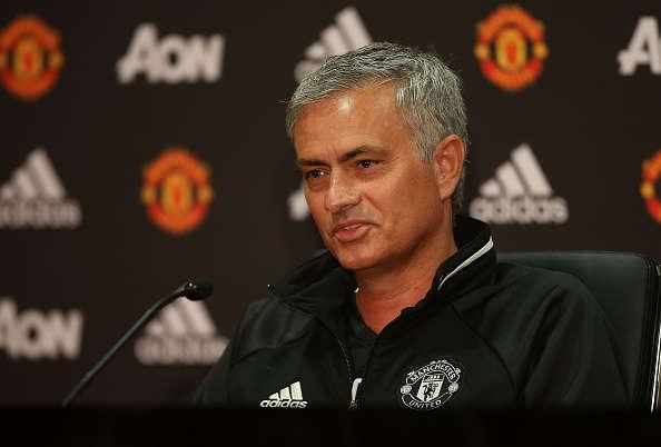 Mourinho tiết lộ đôi chút về tình hình lực lượng của M.U.