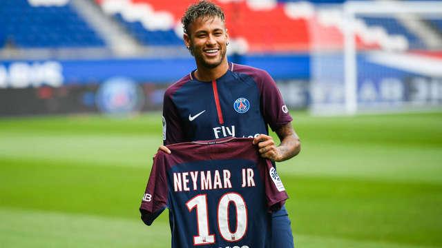 Bản hợp đồng Neymar đã và đang góp phần khiến thế giới bóng đá thay đổi