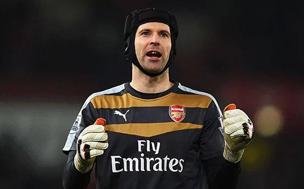 Cech giờ đang thi đấu cho Arsenal