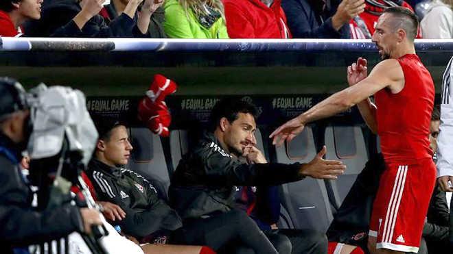 """Franck Ribery nổi điên, kích nổ """"quả bom"""" ở Bayern Munich"""