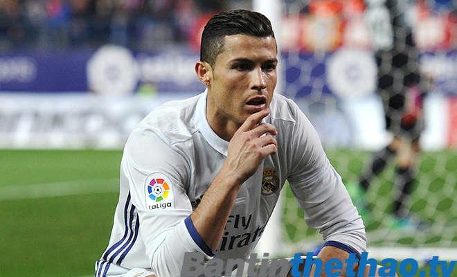 Ronaldo đang cảm thấy lo lắng khi Messi liên tục ghi bàn?