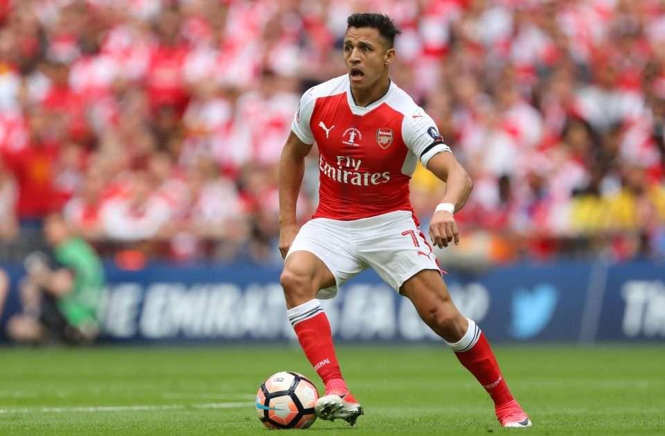 Arsenal nguy cơ mất Sanchez vào tay Man City