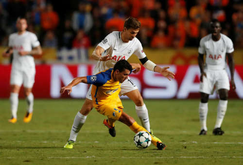 APOEL đã chơi tốt nhưng thiếu sự sắc bén trong dứt điểm.
