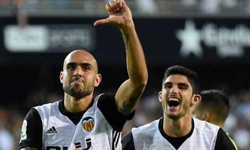 Zaza tiến sát kỷ lục ghi bàn trong suốt 73 năm của Valencia
