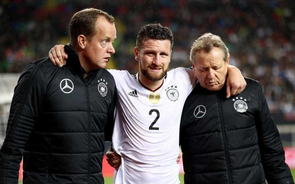 """Sau chiến thắng của ĐT Đức, Arsenal nhận được """"hung tin"""""""