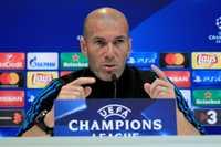 Khen Harry Kane, Zidane đánh tiếng muốn đưa anh về Real