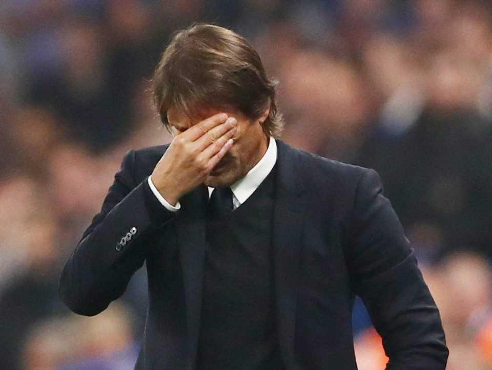 Mối quan hệ giữa Conte và BHL Chelsea ngày càng gia tăng những rạn nứt