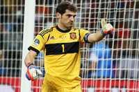 Liverpool sẽ chi đậm đón Casillas?