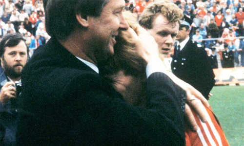 Sir Alex Ferguson từng nhận lời Tottenham rồi thất hứa