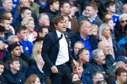 Chelsea căng sức để gồng gánh cả League Cup
