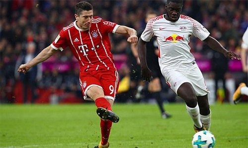 Chơi thiếu người, Leipzig sụp đổ dưới sức ép của Bayern.