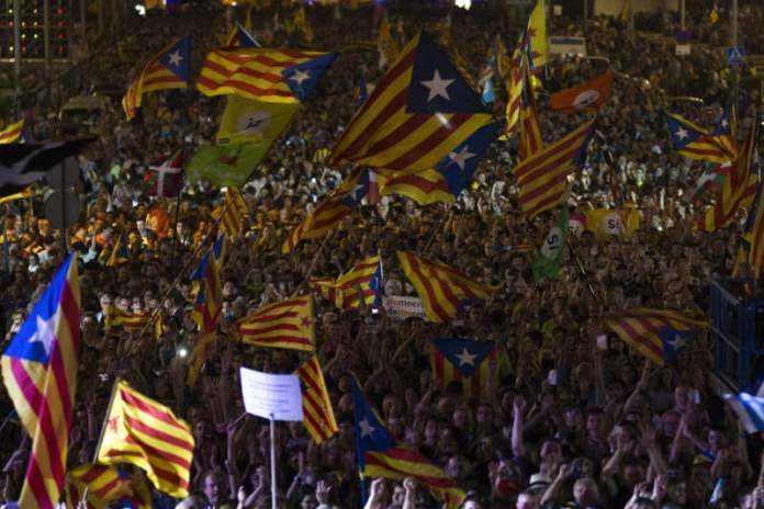 Câu chuyện thể thao: Catalonia có giành được quyền độc lập hay không thì La Liga cũng phải thay đổi lại luật