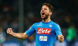Napoli lấy lại ngôi đầu, Juventus đại thắng tại Serie A