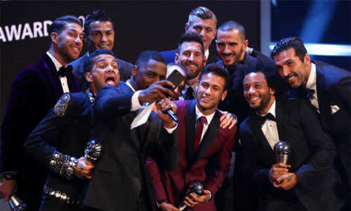Messi được phiếu bầu nhất, Real áp đảo đội hình tiêu biểu