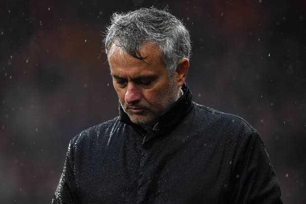 Lindelof mắc sai lầm, Mourinho nói gì sau thất bại đầu tiên tại giải Ngoại hạng?