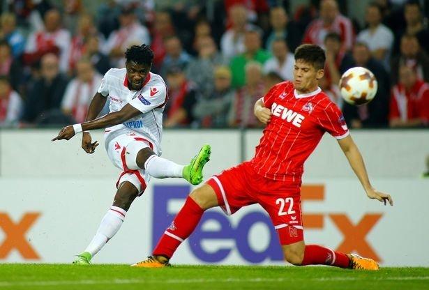 Conte định đưa Boakye (trắng) về Chelsea