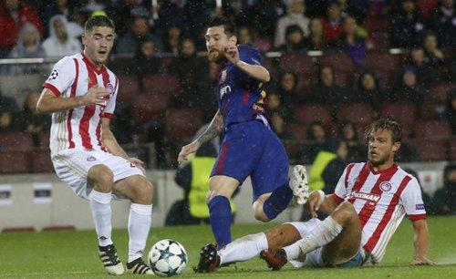 Barca sắp tốn một khoản lớn để gia hạn hợp đồng với Messi.