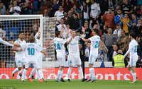 Ronaldo tắt điện, Real Madrid vẫn thắng đậm Eibar