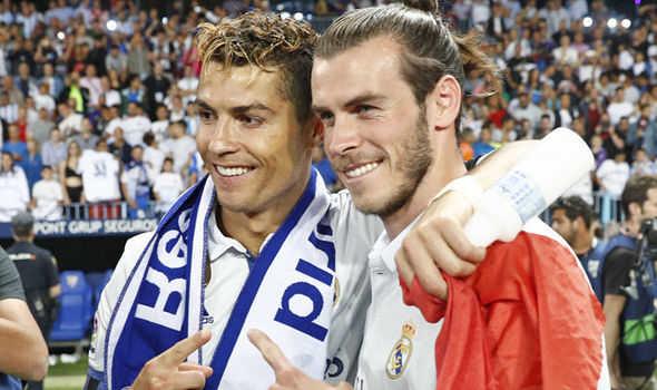 Ronaldo muốn Real bán Bale, Arsenal nâng giá Sanchez