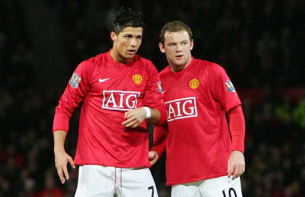 Edwin van der Sar  lý giải vì sao C.Ronaldo ở tầm cao hơn Rooney