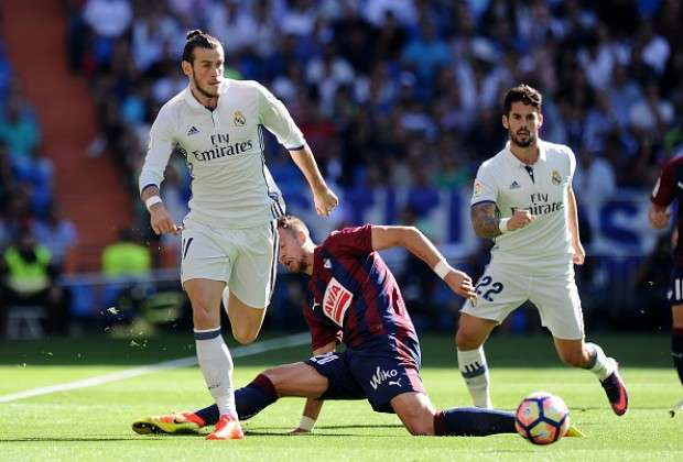 Sân nhà Bernabeu luôn là nỗi ám ảnh với Real trong mùa giải năm nay