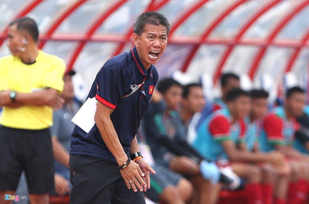 HLV Hoàng Anh Tuấn nổi nóng với các học trò