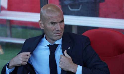 Kém Barca 8 điểm, Zidane vẫn rất lạc quan