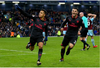 Sanchez ghi bàn penalty phút cuối, Arsenal chen chân vào top 4