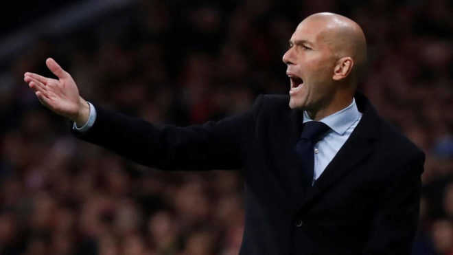 """Đối thoại Zidane: """"Không có  chuyện Barca thắng mãi được"""""""